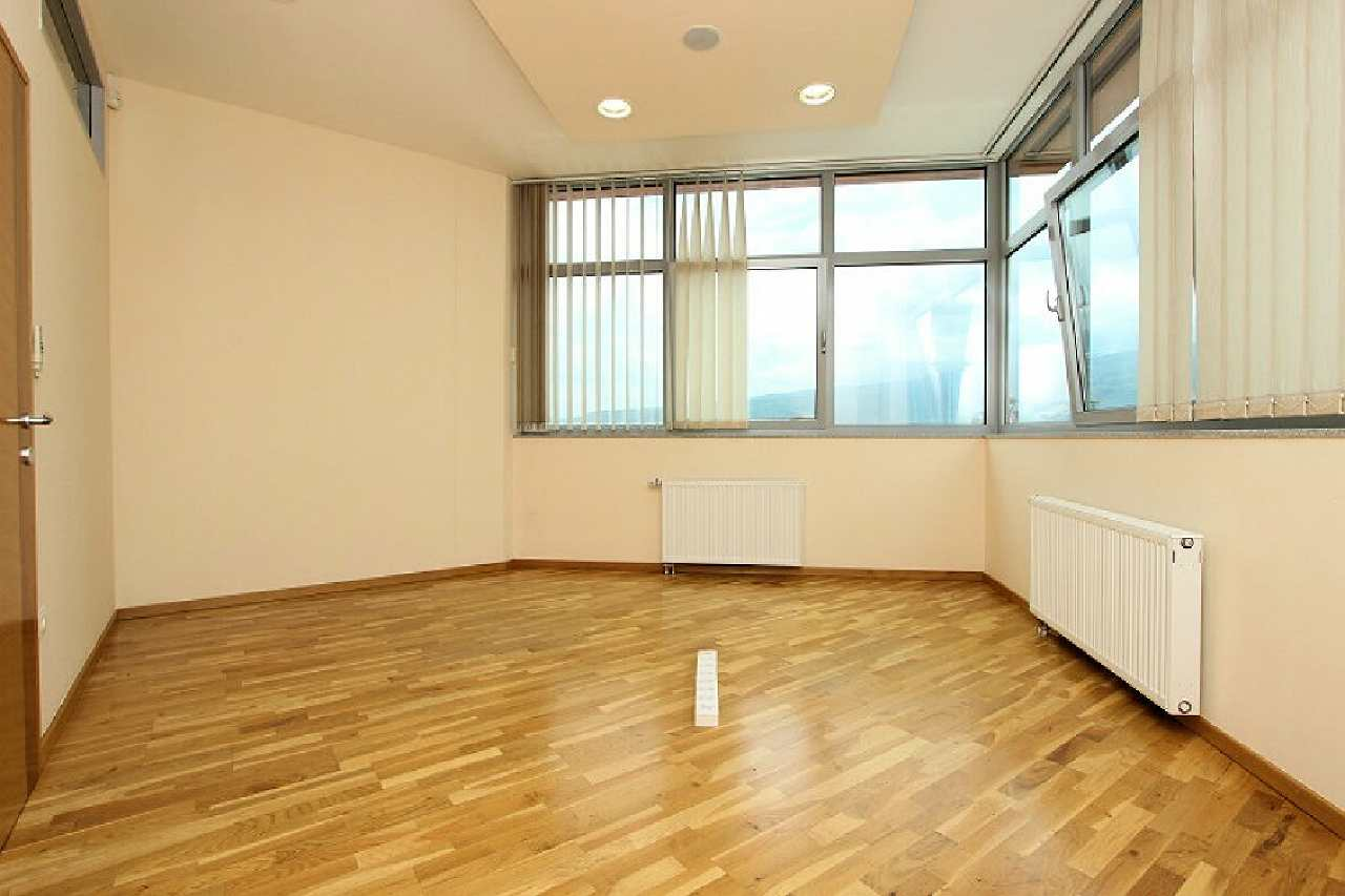 Commercial property Ilidža 7772
