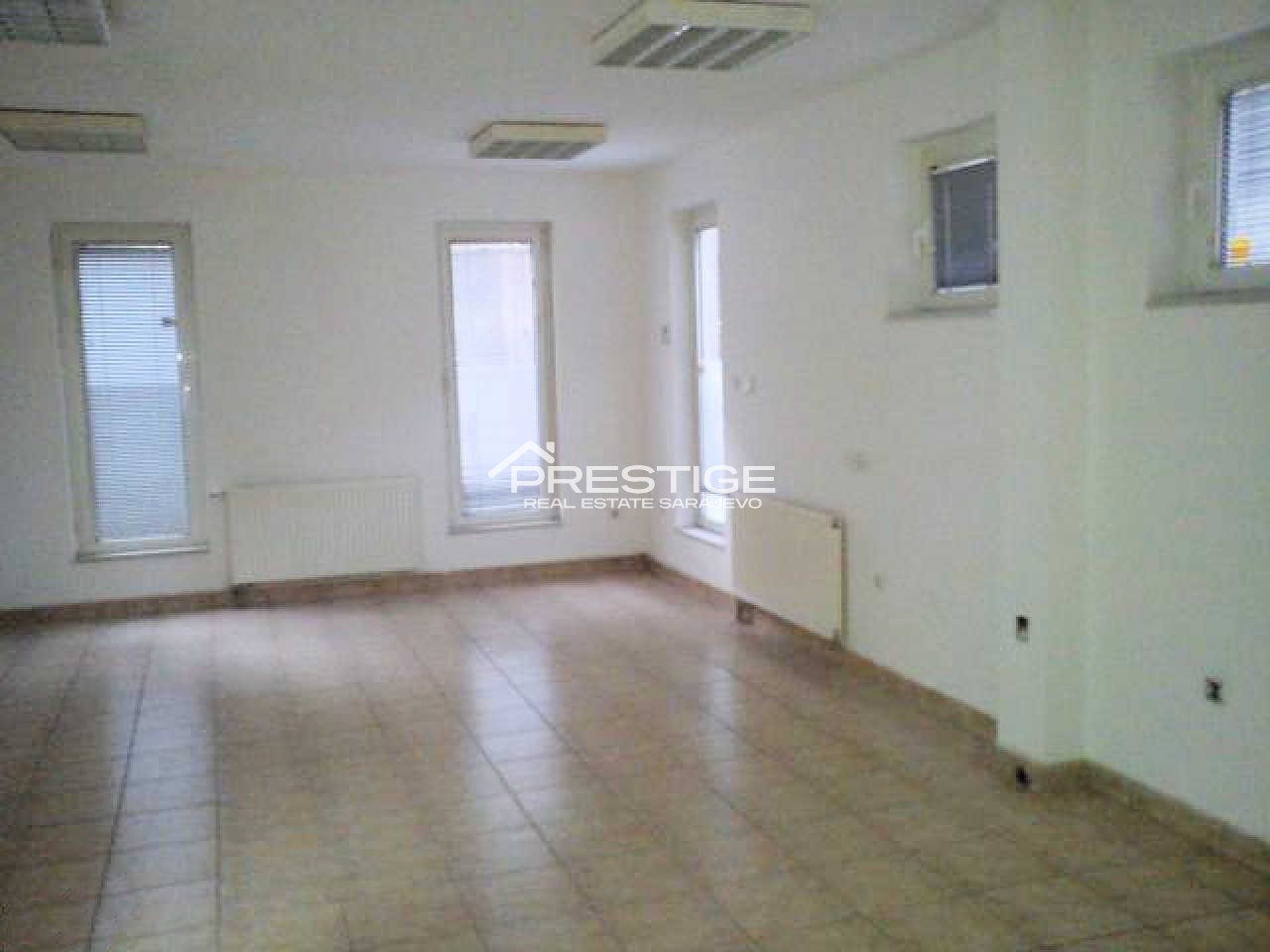 Commercial property Centar 7860