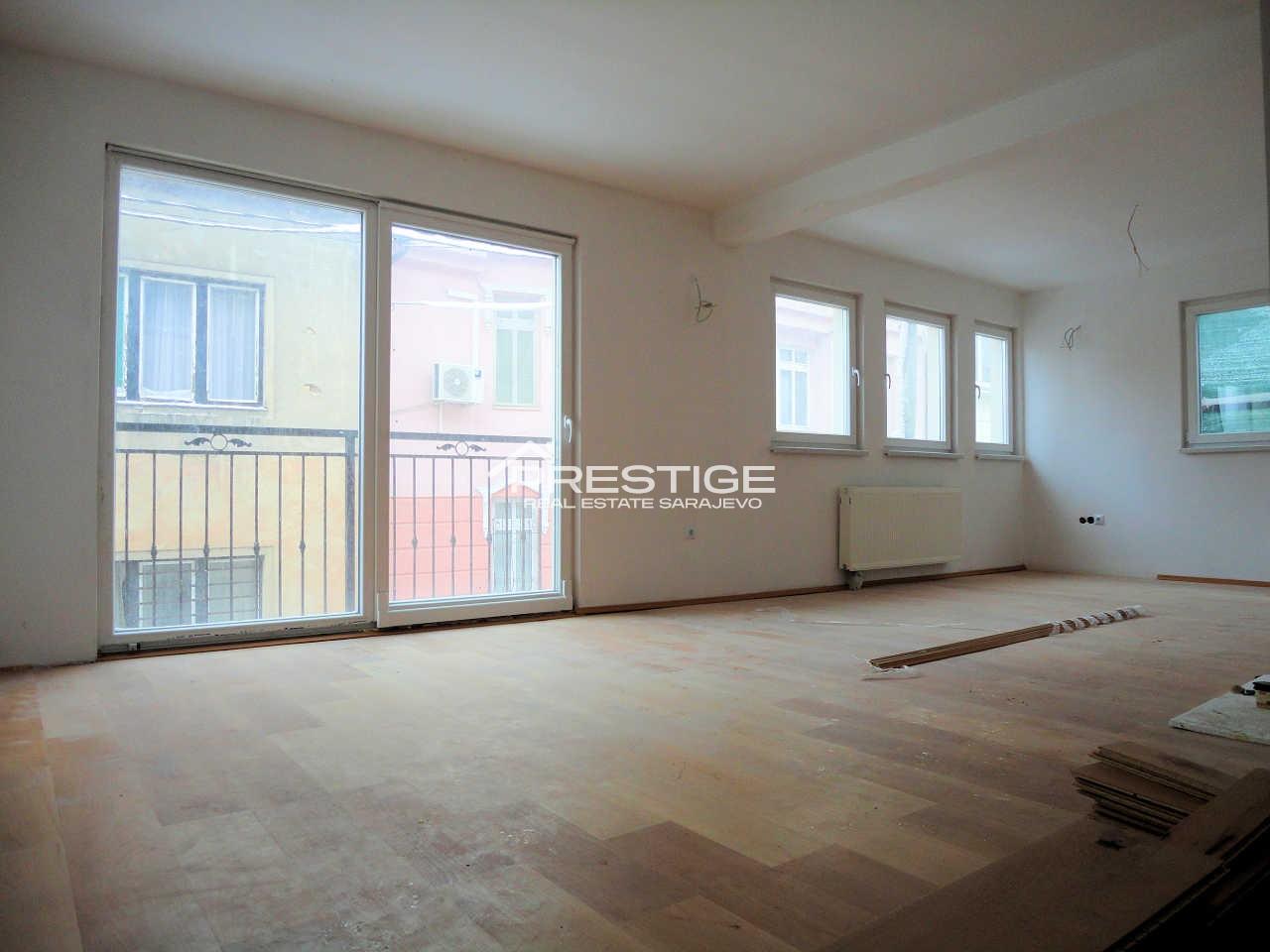 House Centar 8684
