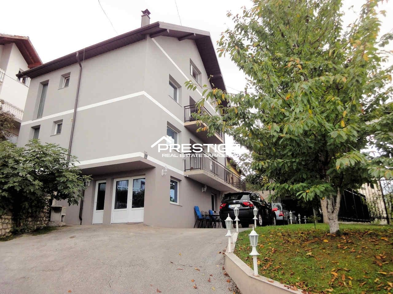 House Grbavica 8755