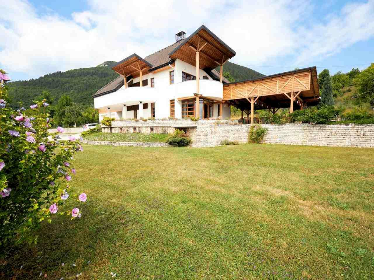 House Nahorevo 8839