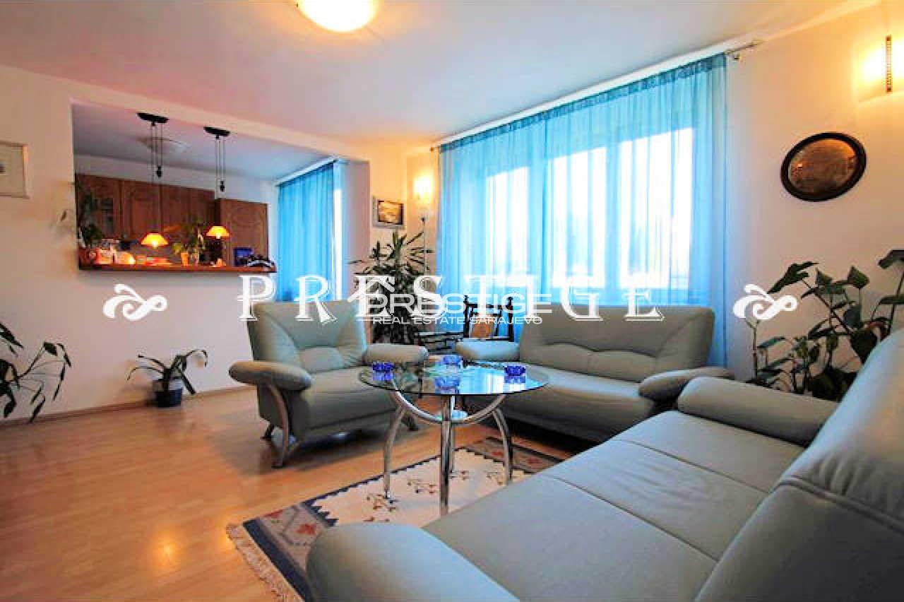 Apartment Grbavica 7960